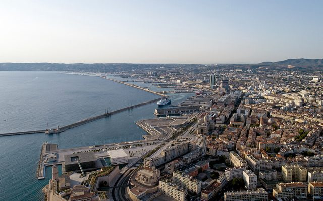 Orange contributes to the Marseille Hub, the leading digital gateway to Europe and the Mediterranean